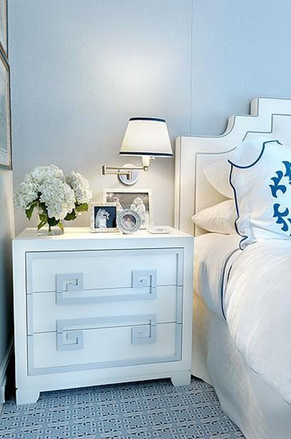 bedside table dresser