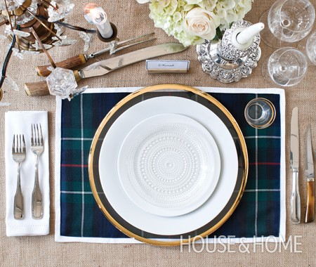 house-home-holiday-table-michael-angus-dec10-donnagriffith-2